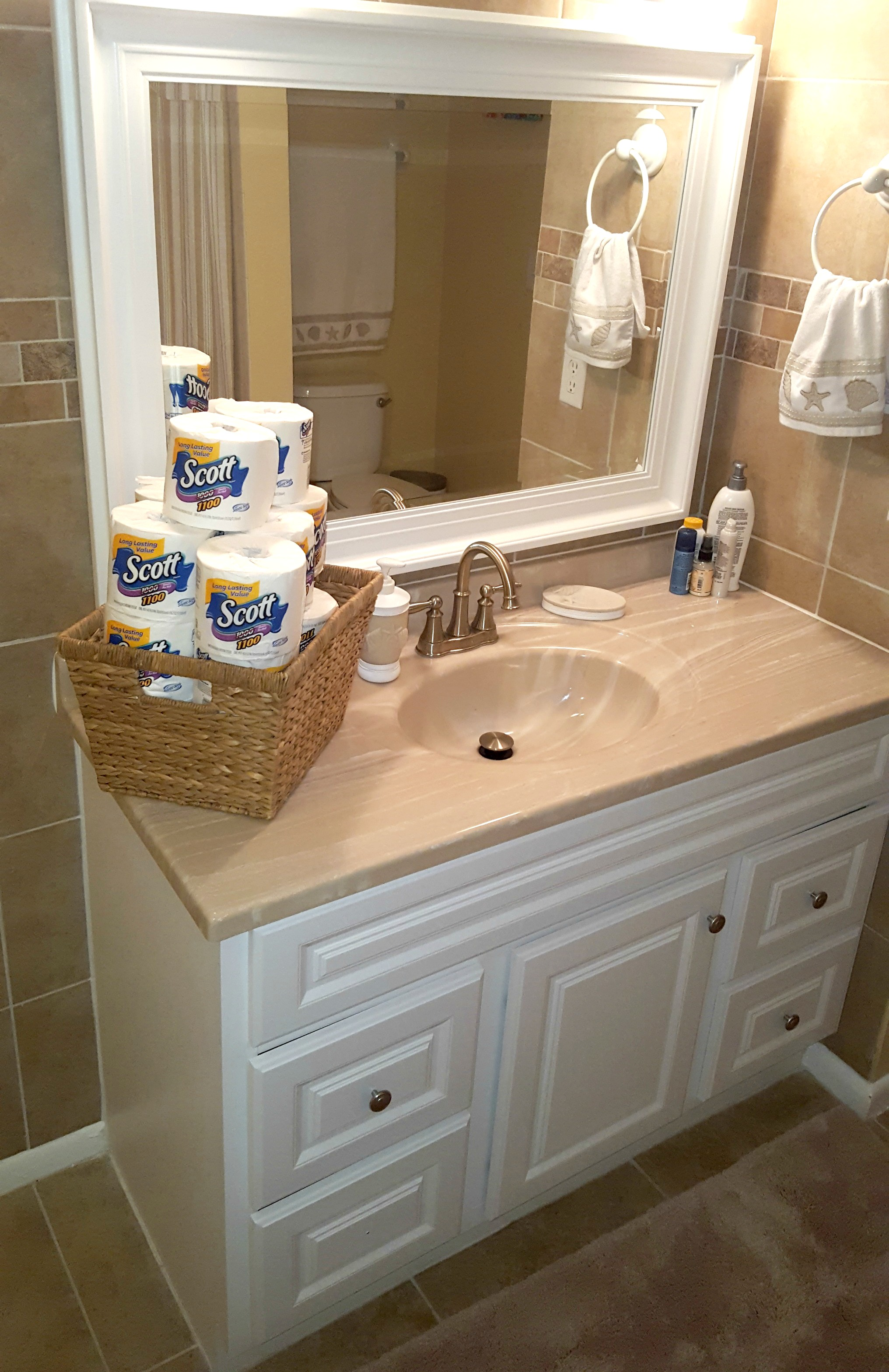 This checklist helps you keep your bathroom clean How to thoroughly clean your bathroom